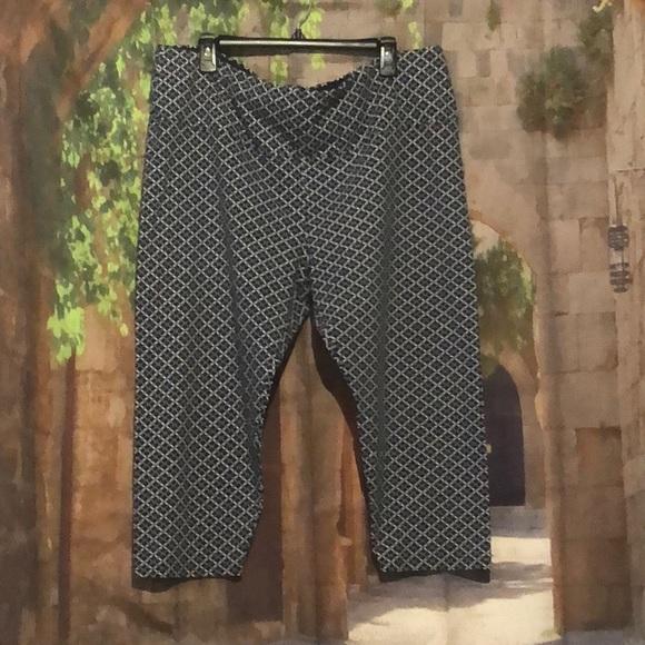 7fd7add2a2a489 Intro Pants   Love The Fit Capri Leggings   Poshmark